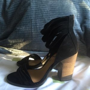 Lucky Brand Shoes - Black Sandal Thick Heel Shoes (new without tag)